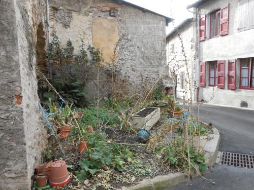 Village de l'A47, friche urbaine - Saint-Romain-en-Gier, janvier 2014